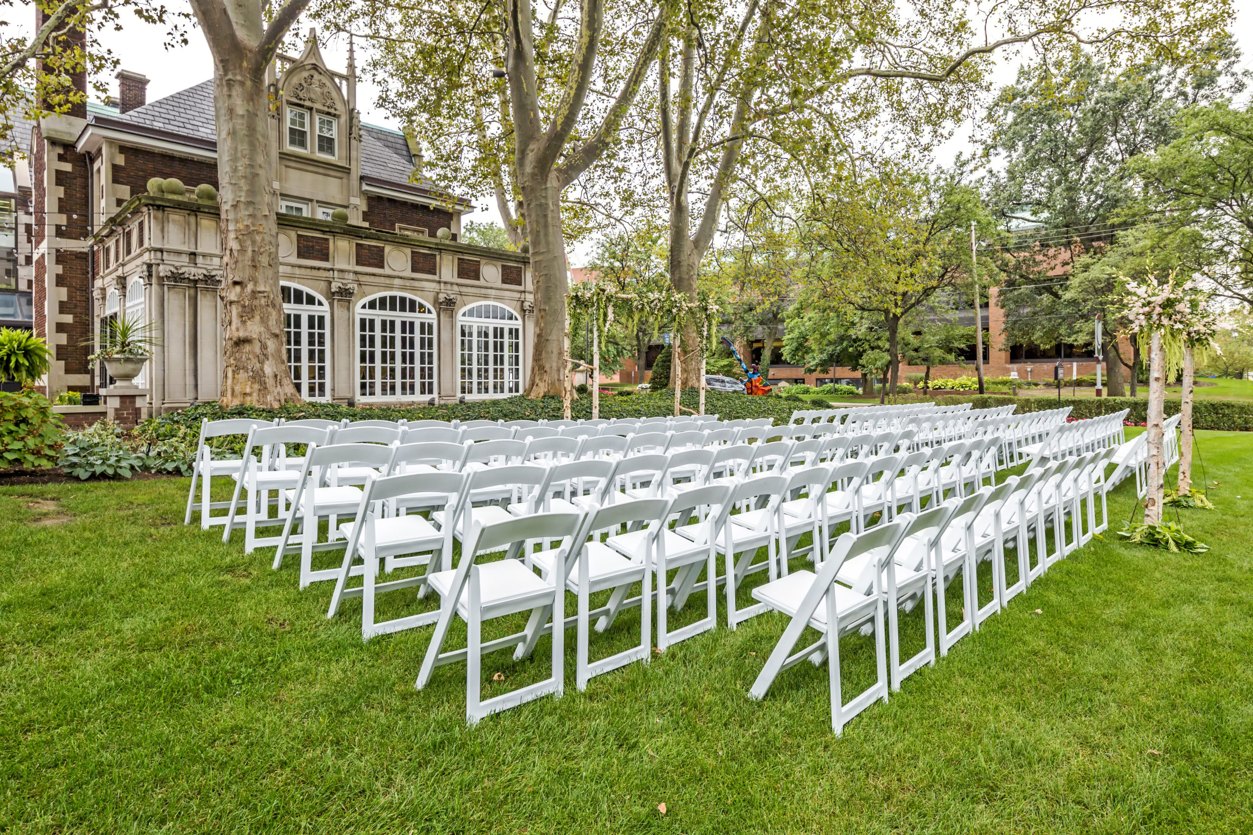 glidden-house-wedding-ceremony-setup-outside